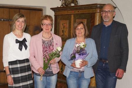von links nach rechts: GF Martha Theurl, DGKS Maria Rauchegger, HH Claudia Unterweger, Bgm. Bernhard Schneider